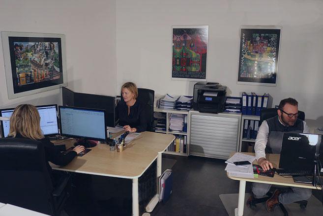 Laborprodukteinkauf mit LaborService und Wartung bei LabConsulting in Wien/Österrich